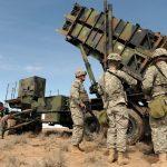 Полша предлага на САЩ да разположат постоянна военна база
