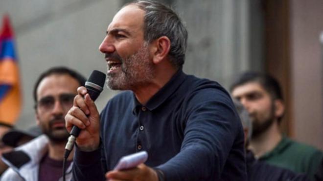 Протестиращи блокираха центъра на Ереван