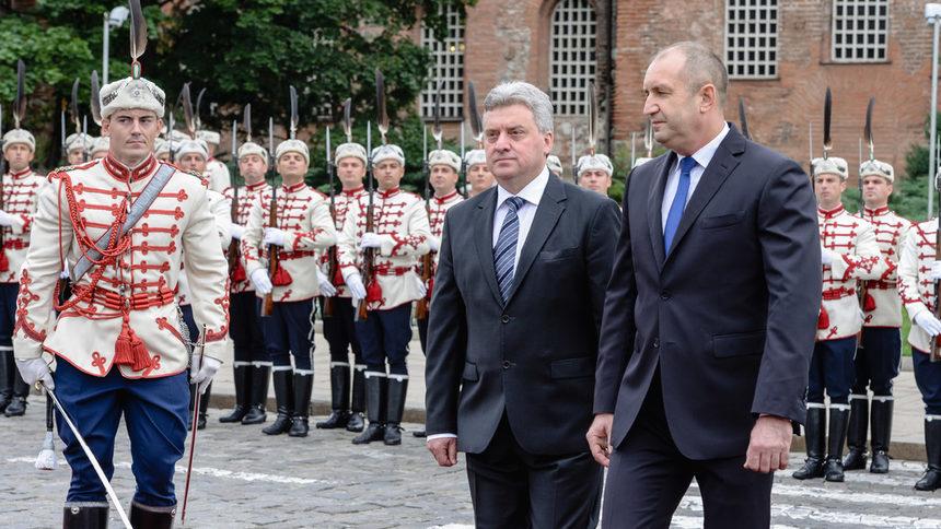Радев: Призовах президента Иванов да бъде водач в диалога за името на Македония