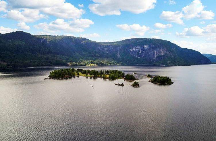 Норвежки медии: Българският оръжеен търговец Емилиян Гебрев е купил остров за 15 млн. крони