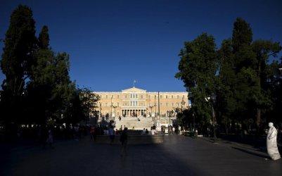 Гърция изгони двама руски дипломати