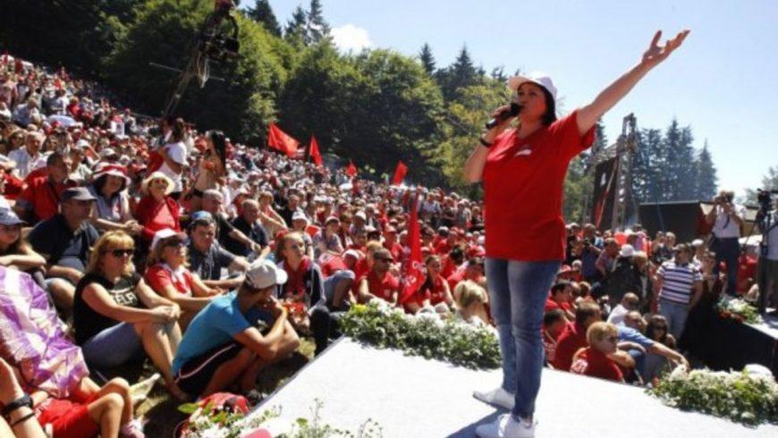 Нинова от Бузлуджа: Шайката си отива, да започнем разговор с народа си