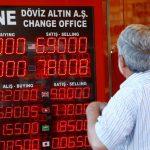 Лирата катастрофира, а Турция разследва медии за негативни публикации