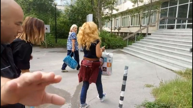 Десислава Иванчева влезе в болница с вериги като на Ханибал Лектър