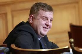 Каракачанов: Преценката да се назначи Харалампиев за шеф на ДАБЧ беше моя грешка