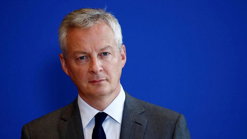 Франция ще блокира придобиването на летищния оператор ADP от чужди компании