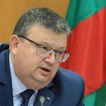 Цацаров издаде методически насоки за разследване на насилието над животни