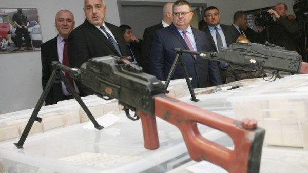 Борисов, Цацаров, Гешев и Спиридонов се самопохвалиха с успешна акция срещу тероризма