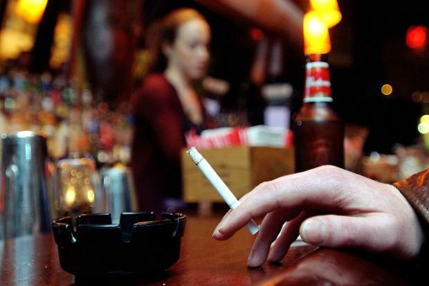 Здравното министерство предлага заведенията да бъдат затваряни при нарушаване на забраната за тютюнопушене