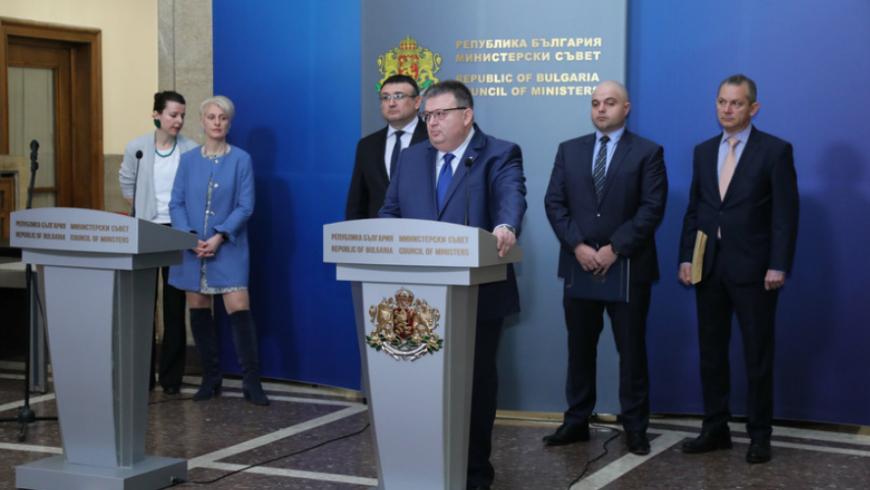Цацаров: Гебрев не е отровен, ял е рукола с пестициди