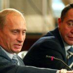 Вратът на бившия медиен съветник на Путин е бил счупен около смъртта му