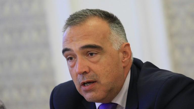 Антон Кутев иска незабавна процедура за отнемане имотите на Цветанов