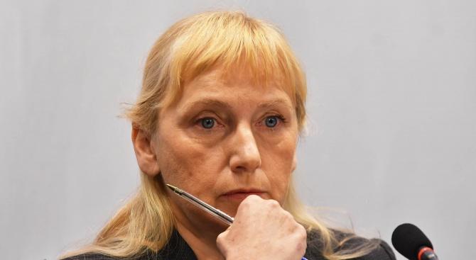 Йончева: Ще бъдат осветлени сметки за стотици милиони зад граница