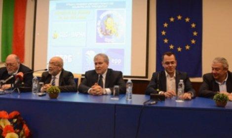 Кметът на Добрич отрече да е от СДС, както се похвалиха от синята партия