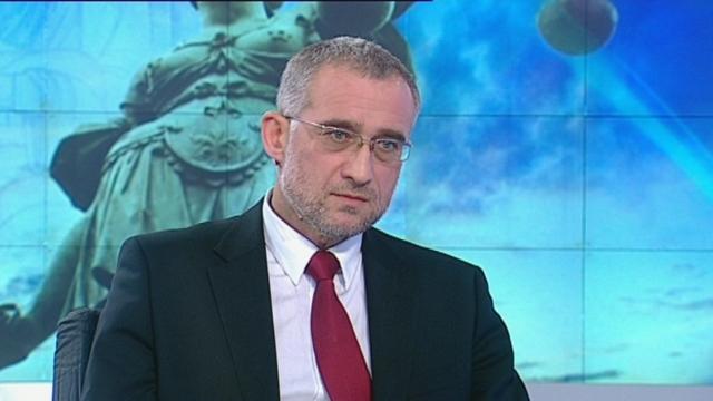 """Атака срещу върховен съдия, написал """"особено мнение"""" за ЦУМгейт"""
