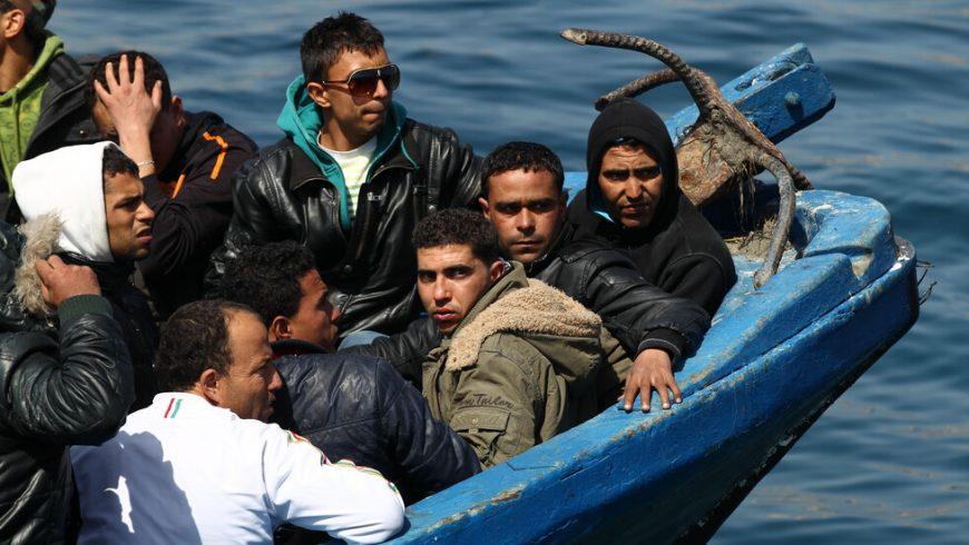Държавите от ЕС не са длъжни да приемат кораби с мигранти