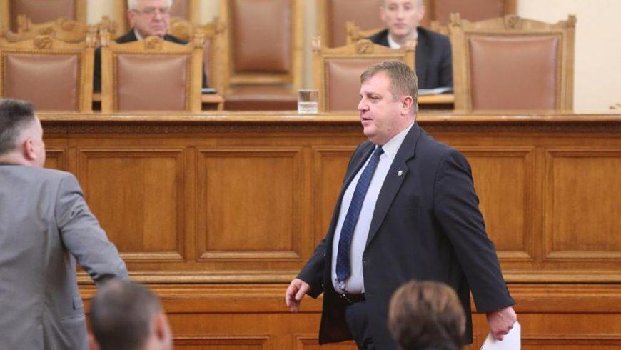 Парламентът одобри покупката на F-16 с гласовете на ГЕРБ, ВМРО и ДПС