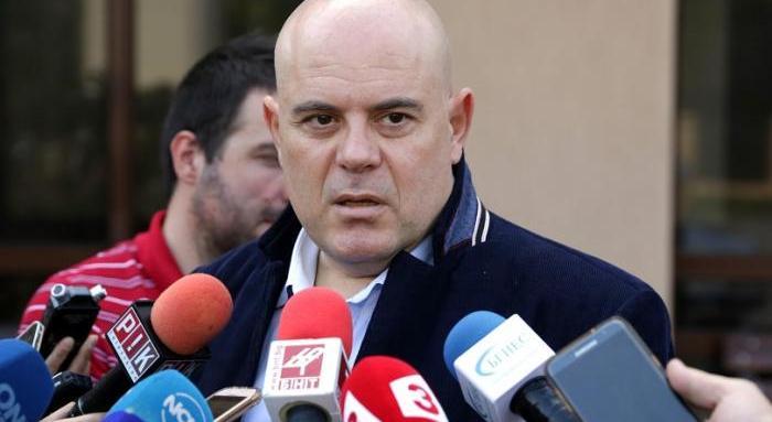 Цацаров разпореди проверка за спирането на БНР под ръководството на Гешев