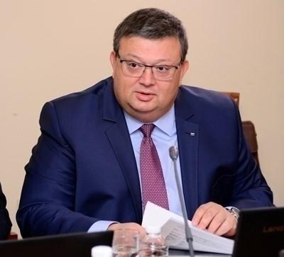Цацаров счете за неоснователен подадения до него сигнал по повод БХК
