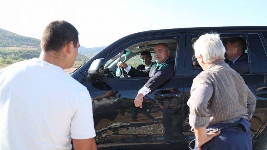 Липса на кворум провали заседанието в НС, на което Борисов трябваше да отговаря