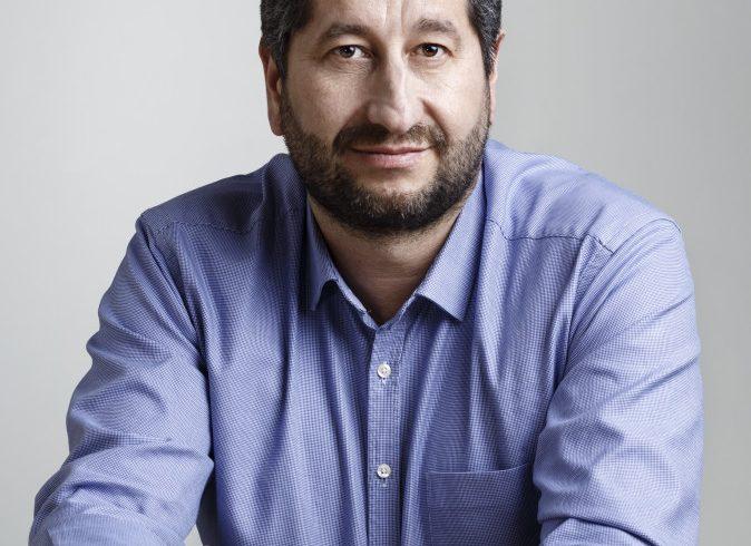 """Христо Иванов: """"Демократична България"""" e отворена за партии, структури и хора, които споделят идеите й"""