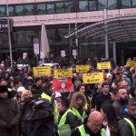 Протестиращи поискаха оставката на правителството