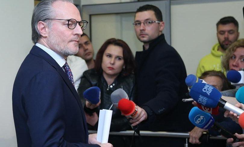 Лозан Панов пита прокуратурата има ли производства срещу Андон Миталов