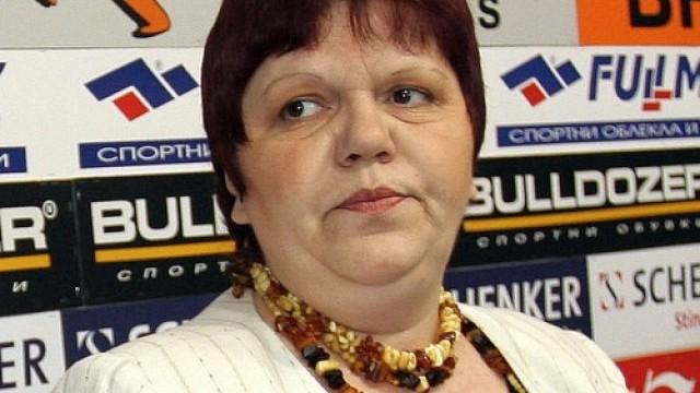 Данъчният, проверявал фирмите на Ирена Кръстева е правил и ревизията на Цветан Цветанов