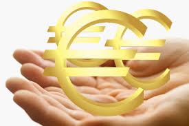 При въвеждане на еврото: леко поскъпване и евтини кредити