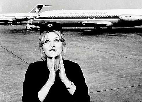 Весна Вулович, стюардесата оцеляла след падане от 10 000 м., почина от инфаркт в дома си