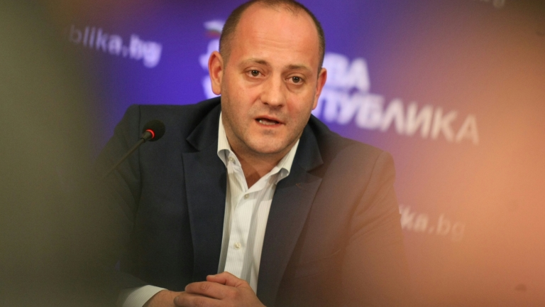 Радан Кънев подава оставка като лидер на ДСБ