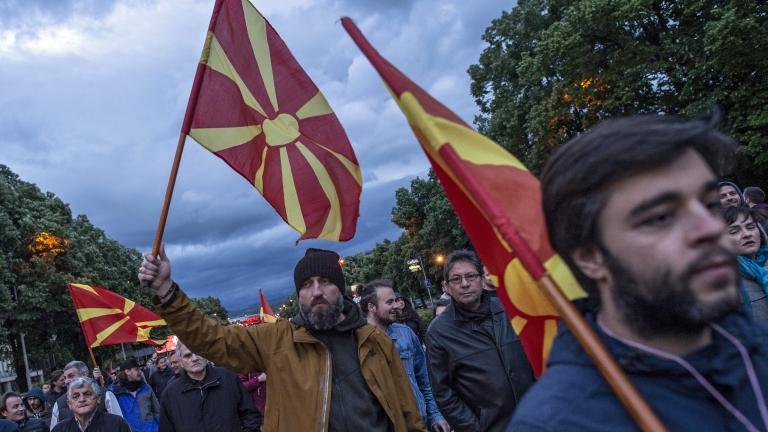 Иванов пое отговорност, Груевски и Заев са на ход