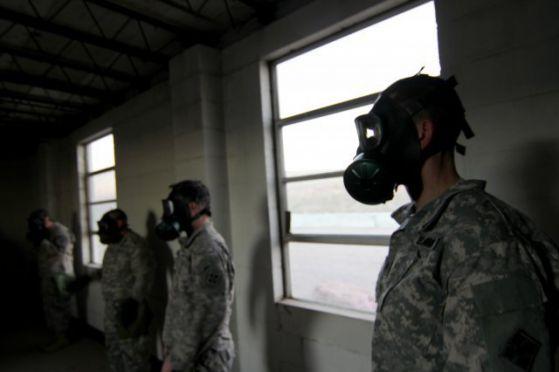 """""""Ислямска държава"""" удари иракската армия с химическо оръжие"""