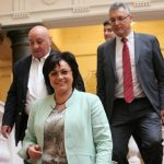 Нинова събира БСП заради посредника на срещата Цацаров – Дончев