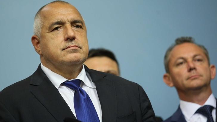 Борисов: Аз съм защитник на пехотата, президентът – на авиацията