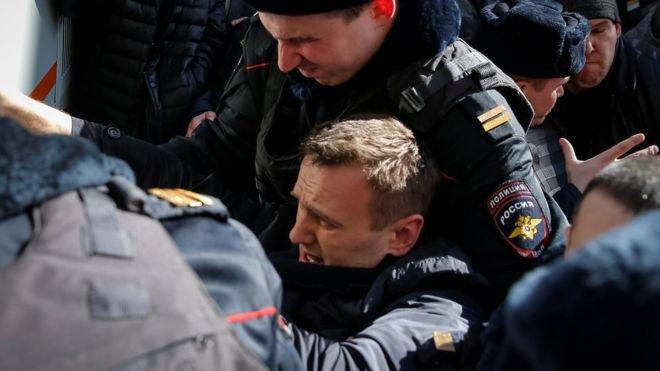 Алексей Навални е осъден на 30 дни затвор