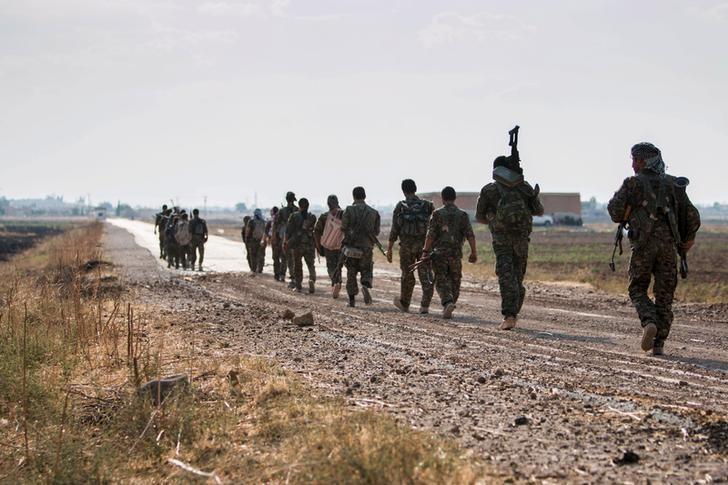 """Започва истинската битка за главния град на """"Ислямска държава"""""""