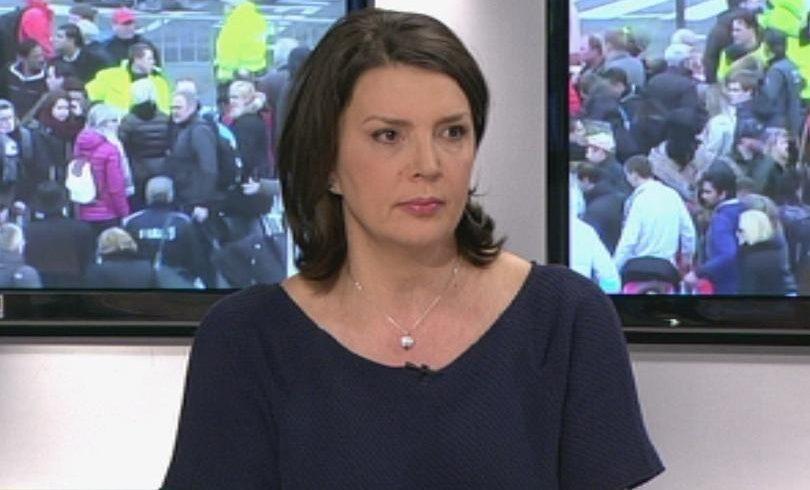 Член на СЕМ заплашва журналист