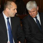 Радев: Връзката на Цветанов с авиацията е, че е на автопилот