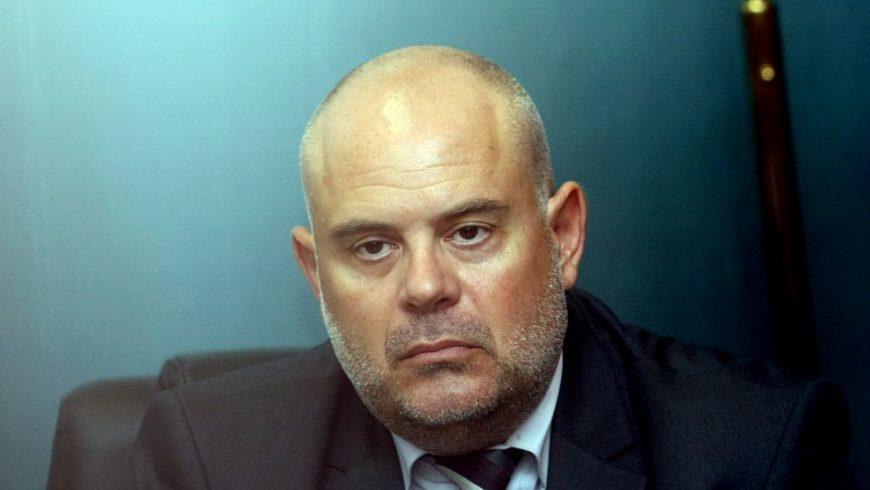 Прокурорът Гешев: Пеевски няма общо с КТБ. Путин и Обама също