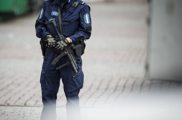Двама загинали и шест ранени след нападение във Финландия