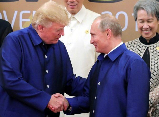 Над 2 часа разговаряха Путин и Тръмп