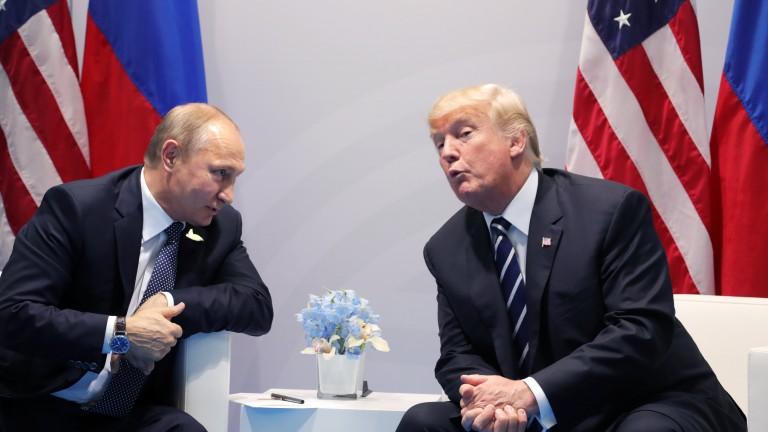 Русия напредва в Близкия изток, Западът – на Балканите