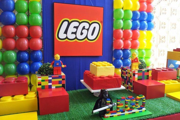 LEGO става на 60 години