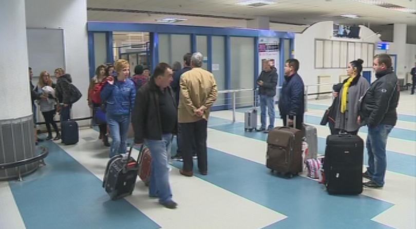 МВР отстрани 13 служители за пропуска на летище София