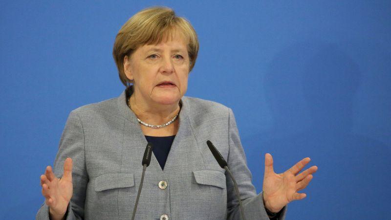 Меркел призна, че са купували лични данни за изборна агитация