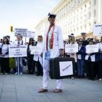 Медицински сестри на протест: Тръгваме си