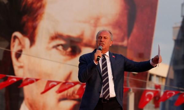 Изборите в Турция: Тарзан срещу Чиракът