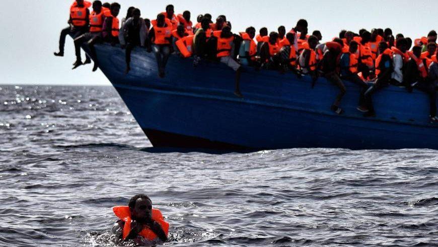 Италия отказа да пусне кораб с 629 мигранти от Африка