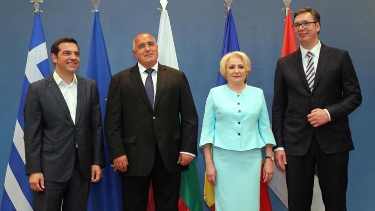 Вучич няма право да участва в Балканската четворка